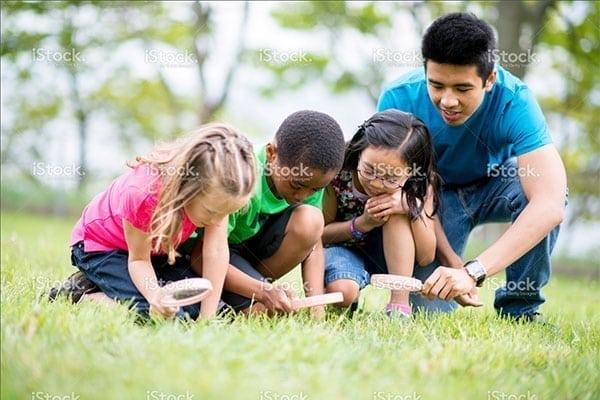 teacher outdoor learning